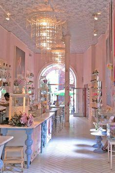 Royal Smushi Café. O el café que te hará sentirte como en Alicia en el País de las Maravillas