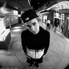 "Justin Bieber colabora con Skrillex y Diplo: ""Where Are Ü Now"" Justin Bieber Fotos, I Love Justin Bieber, Justin Selena, Ex Amor, Bae, Believe, Future Husband, Beautiful People, Beautiful Boys"