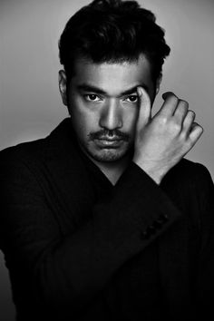 Takeshi Kaneshiro - Taiwanese-Japanese actor and singer. Asian Celebrities, Asian Actors, Male Beauty, Asian Beauty, Beautiful Boys, Beautiful People, Takeshi Kaneshiro, Daniel Henney, Celebrity Photographers