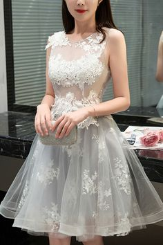 2017 Tulle Short Dress,Scoop Sleeveless Lace Appliques Prom