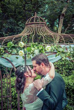 Couple Photos, Couples, Wedding, Weddings, Super Funny, Couple Shots, Valentines Day Weddings, Couple Photography, Couple