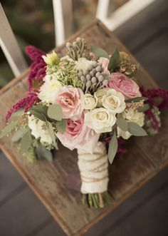 Fall bridal bouquet. pink bouquet. romantic bouquet. brides bouquet.