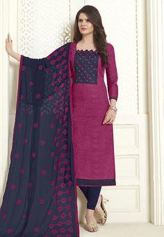 Silk Kurti Designs, Kurta Designs Women, Blouse Designs, Churidhar Neck Designs, Churidhar Designs, Churidar Suits, Salwar Kameez, Classy Suits, Kurti Patterns