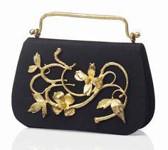 Claude Lalanne // silk and gilt bronze evening bag Charles Darwin, Charles X, Francois Xavier, Vintage Suitcases, Bronze, Gold Handbags, Luxury Jewelry, Retro Fashion, Style Fashion