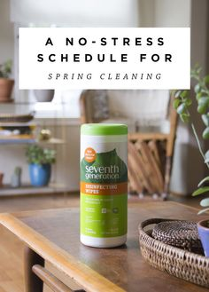 An Easy Spring Cleaning Schedule!