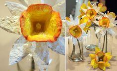 Enkelt påskpyssel med äggkartong | Allas.se Diy Flowers, Spring Flowers, Paper Flowers, Happy Easter, Easter Bunny, Art Projects, Projects To Try, Flower Making, Artificial Flowers