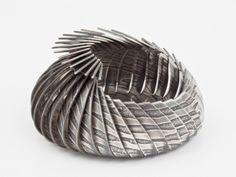 Contemporary British Silversmiths » Members' Gallery