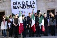 24 de febrero de 2014    CELEBRAN A LA BANDERA MEXICANA