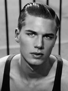 Men's retro hairstyle