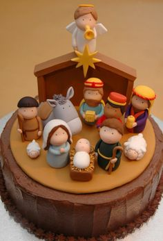 Jesus Birthday Cake with Fondant Christmas Tradition - Symbolism in these inspiring nativity cakes including the reason for the colors brown, green and red as well as the round cake Christmas Nativity, Noel Christmas, Christmas Goodies, Christmas Treats, Christmas Baking, Christmas Cakes, Xmas Cakes, Christmas Morning, Christmas Cake Decorations