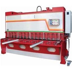 We supply Hydraulic Shearing Machine with Fixed Rake Angle of 4000 x 4 mm Bending capacity to our clients across the globe. Email id: Info@steelsparrow.com Plz visit:http://www.steelsparrow.com/machine-tools/hydraulic-press-brakes/fixed-rake-angle-shearing-machines.html