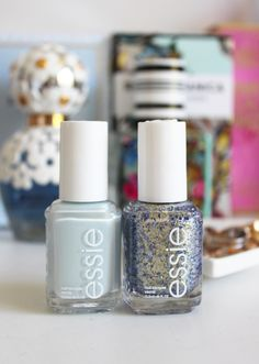 Make it a manicure to remember with the baby blue shade 'find me and oasis' and pearlescent gold glitter 'on a silver platter'.