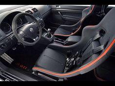Volkswagen Golf 5 R GTI 2007 Interior