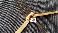 Haarukoi pakettiisi täydellinen rusetti | Kaikki Paketissa Diy Bow, Carving, Bows, Tableware, Crafts, Ideas, Joinery, Arches, Dinnerware