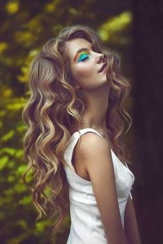 In the event you're on the lookout for a Water Wave Coiffure, test it out! At this time I'm going to the touch on an attractive topic by saying howdy to all hair lovers. Loose Hairstyles, Trendy Hairstyles, Straight Hairstyles, Wedding Hairstyles, Pixie Grow Out, Curls No Heat, Heatless Curls, Long Wavy Hair, Super Hair