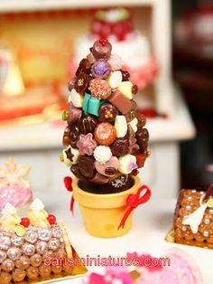 Miniature food #Christmas candy tree