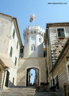 Torre del Reloj / Herceg Novi / Bahía de Boka Kotorska / MONTENEGRO