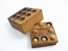 Button Puzzle, Wooden Puzzle Game, Strategy Game, Brain Teaser, Travel Size