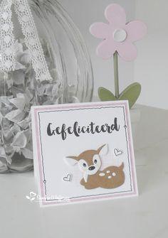 Hertjes.....ik ben er gek op!         Twee 10 x 10 kaartjes gemaakt met de schattige hertjes Collectables van Marianne design .   Het...