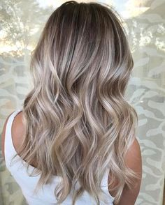 "2,753 Likes, 38 Comments - South Florida Balayage (@simplicitysalon) on Instagram: ""I'm feeling this balayage used @Pravana Pure Light Creme Lightener and @uberliss kept her hair…"""