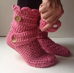 Women's Crochet Pink Slippers | 101 Crochet