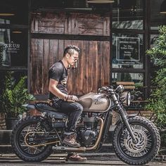 Image may contain: motorcycle Triumph Cafe Racer, Cafe Racer Bikes, Triumph Motorcycles, Custom Motorcycles, Custom Bikes, Bobber Custom, Triumph T120 Bonneville, Triumph Scrambler, Cafe Racer Motorcycle