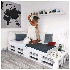 Black + Grey + White + Pallet Daybed: Pallet bed/couch for studio? - Black + Grey + White + Pallet Daybed: Pallet bed/couch for studio? Black + Grey + White + Pallet Daybed: Pallet bed/couch for studio? Pallet Daybed, Pallet Furniture, Pallet Couch, Furniture Ideas, Diy Daybed, Pallet Headboards, Furniture Design, Diy Pallet Bed, Pallet Benches