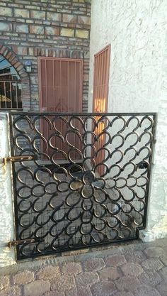 The gate Kevin made for our house in Mexico... Out of our horses shoes!