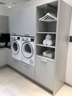with hooks, drying clothes with hooks in front of the cupboard, later storing in . -Section with hooks, drying clothes with hooks in front of the cupboard, later storing in . Laundry Room Cabinets, Laundry In Bathroom, Metal Building Homes, Building A House, Clothes Drying Racks, Storing Clothes, Laundry Storage, Cupboard Storage, Steel House