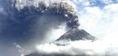 Leves explosiones interrumpen la calma del volcán Tungurahua. Foto: Archivo
