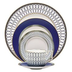 Can you imagine hosting the holiday's at your home in the future? If so, consider registering for fine china on Amazon like this Wedgwood Renaissance Gold 5-Piece Place Setting.