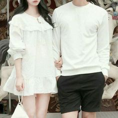 Couple Outfits, Couple Clothes, Tunic Tops, Couple Goals, Vogue, Sleeves, Long Sleeve, Couple Things, Blouse
