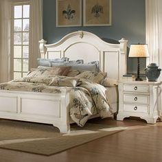 Heirloom Bedroom Set - Antique White, Posts, Bracket Feet   DCG Stores