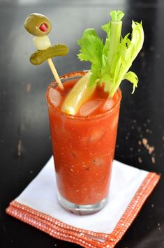 It seems like forever ago that I promised you my co-worker's Bloody Mary recipe.  I hope you'll forgive me for taking a while to get around to sharing, but I finally am! And I'm super excited about...