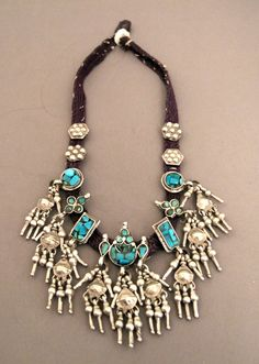 India   Silver, turquoise and cotton choker necklace from Rajasthan   375€