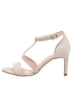 18 Best shoes images | Shoes, Wedding shoes, Bridal shoes