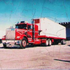 My 71 Kw, that Johnny and Gabe Thompson, in Phoenix built. NTC380 Cummins. T590 turbo, with a V12 defuser plate. And 5 +3 transmissions. It was my 2nd truck. First was a coe Pete. A 72. And brand new. But I hated it.  I was in tall cotton, when I bought this one.