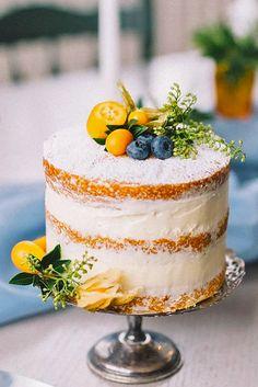 36 Small Wedding Cakes With Big Style - Hochzeit Small Wedding Cakes, Beautiful Wedding Cakes, Wedding Cake Designs, Beautiful Cakes, Small Weddings, Pretty Cakes, Cute Cakes, Big Cakes, Nake Cake