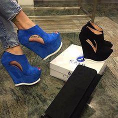 Blue or Black Wedges? . . . . . . . . #style #fashiongram #luxury #wedges #pumps…