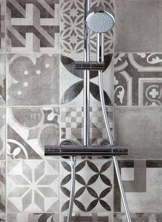 Dalžby Manises ve stylu patchwork | Série dlažeb | SIKO KOUPELNY Lighting, Retro, Home Decor, Scrappy Quilts, Decoration Home, Room Decor, Lights, Retro Illustration, Home Interior Design