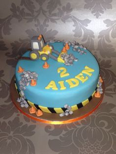 Digger Cake Tractor Birthday, 2 Birthday Cake, Birthday Ideas, Teen Cakes, Cakes For Boys, Excavator Cake, Tractor Cakes, Digger Cake, Dad Cake