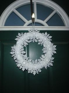 $2 Snowflake wreath