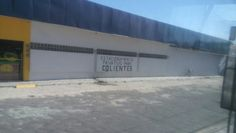 Estacionamento exclusivo pra cAlientes.