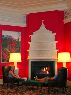 Daniela at Aesthetic Oiseau posted yesterday on this incredible pagoda fireplace above. It is in the lobby of the Hotel Monaco . Chinoiserie Wallpaper, Chinoiserie Chic, Oriental Furniture, Oriental Decor, Asian Furniture, Trellis Wallpaper, Fireplace Design, Fireplace Mantel, Fireplace Ideas