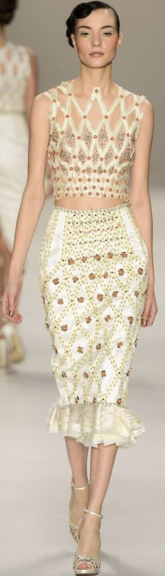 Samuel Cirnansck White and. Runway Fashion, High Fashion, Fashion Show, Womens Fashion, Fashion Trends, Fashion Basics, Glamour, Steam Punk, Samuel Cirnansck