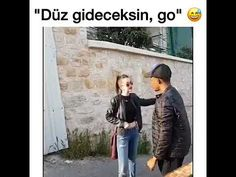 Düz gideceksin go, Taksim sque