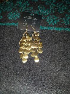 Gold drop earrings $5