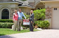 It's a real estate agent's job to help you buy or sell a house. If you're in the market for a new home, here's how to find a real estate agent.