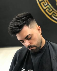 Hair styles mens drawing Ideas for 2019 Mens Hairstyles Fade, Cool Hairstyles For Men, Hairstyles Haircuts, Haircuts For Men, Drawing Hairstyles, Latest Hairstyles, Short Hair With Beard, Hair And Beard Styles, Hair Style For Men