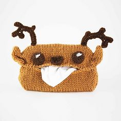 https://www.ravelry.com/patterns/library/sniffly-nara-deer-tissue-case
